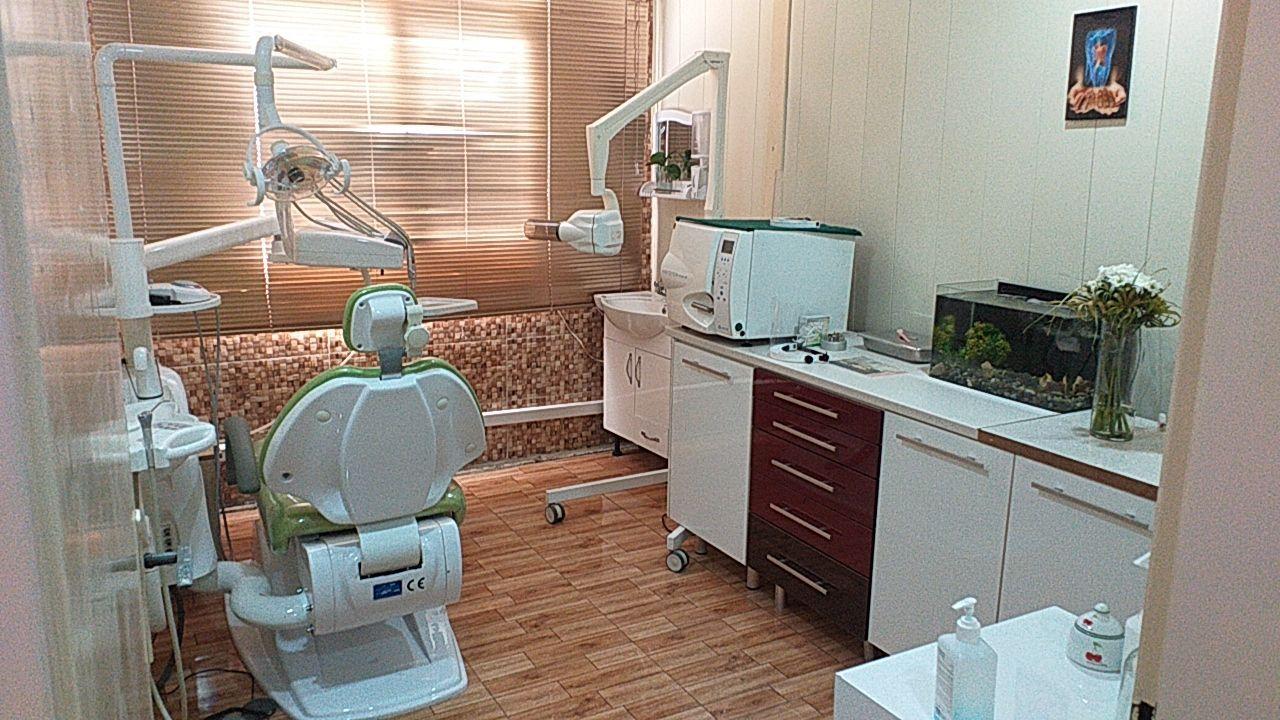 تهران: منطقه ۱۸، نیاز به دندانپزشک با پروانه تهران